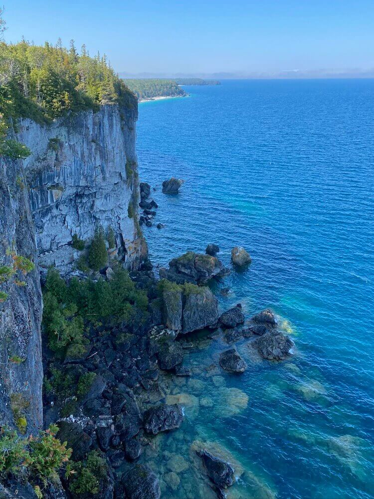 Bruce Peninsula National Park: High cliffs