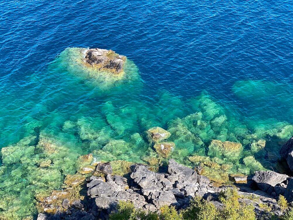 Bruce Peninsula National Park: Look at the colours!