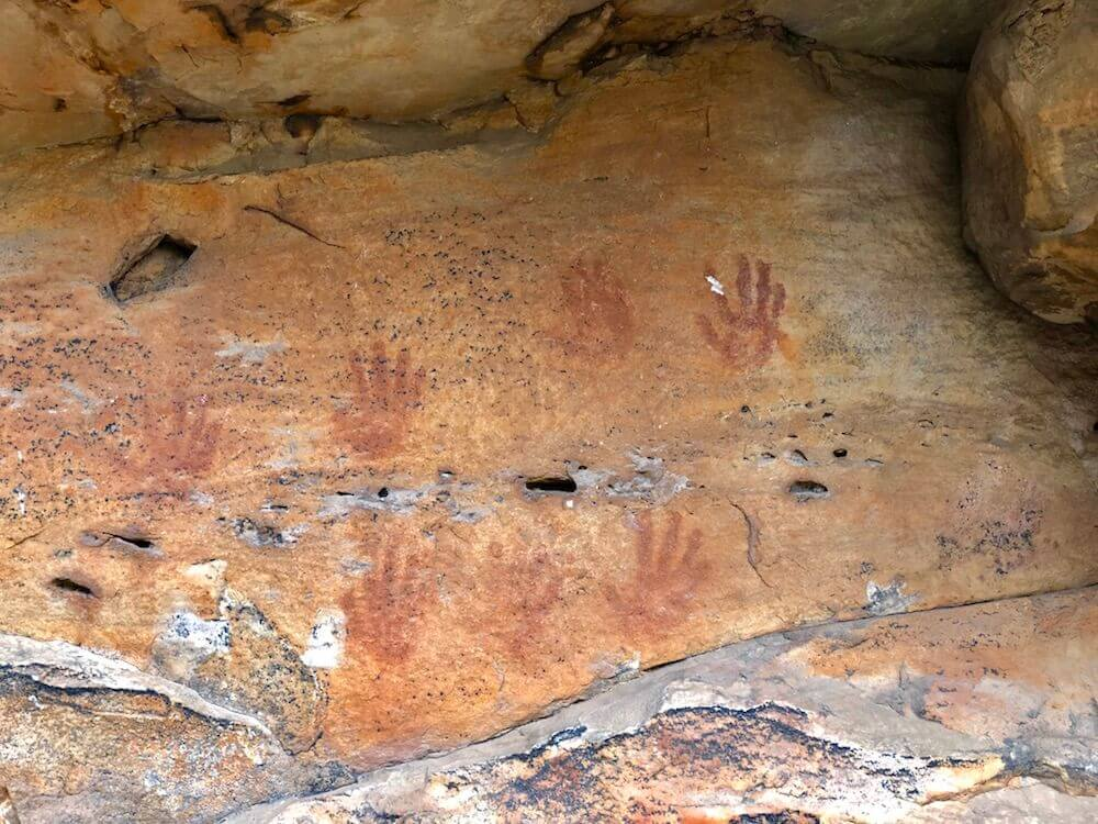 Grampians National Park, Victoria: Ngamadjidj rock art paint is over 20,000 years old! The First Nation of Australia have an awful past which is similar to the one in Canada; assimilation, murder, slavery, residential schools, stripped from their families, cultures, and land.