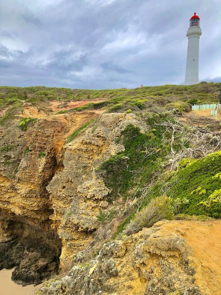 Great Ocean Road, Victoria: A lighthouse on the coast